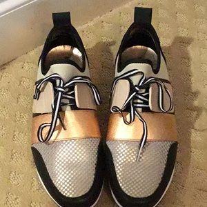 Mossimo Supply Sneaker